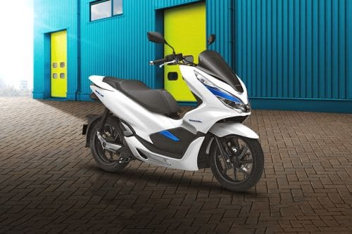 Honda PCX Electric Slant Rear View Full Image