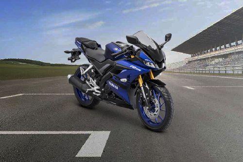 Yamaha R15 Standard