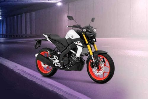 Yamaha MT-15 Slant Rear View Full Image