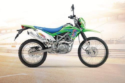 Samping kanan Kawasaki KLX 150