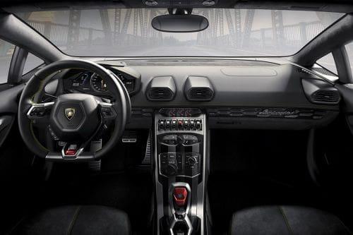 Aston Martin Vanquish Vs Lamborghini Huracan Mana Yang Lebih Baik